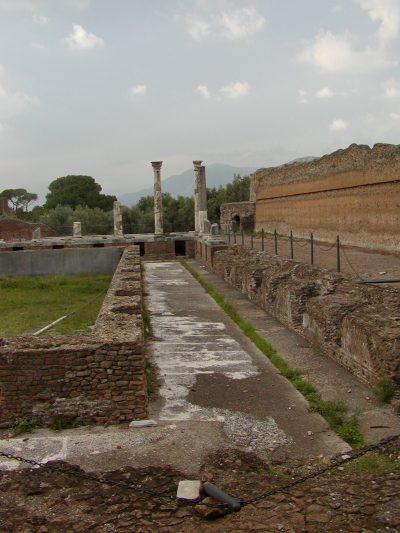 Hadrian's Villa - 2002-09-08-180529