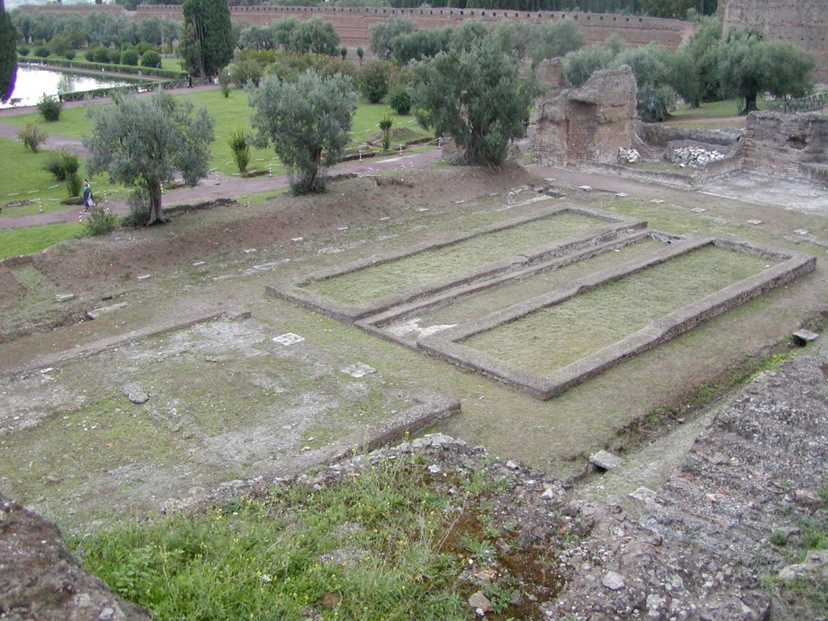 Hadrian's Villa - 2002-09-08-180835