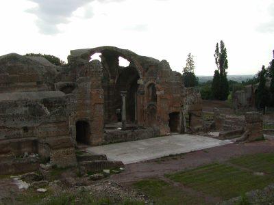 Hadrian's Villa - 2002-09-08-181351