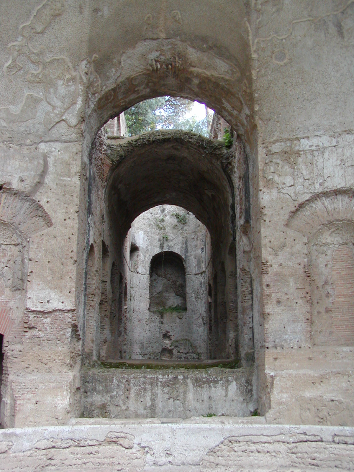 Hadrian's Villa - 2002-09-08-182623