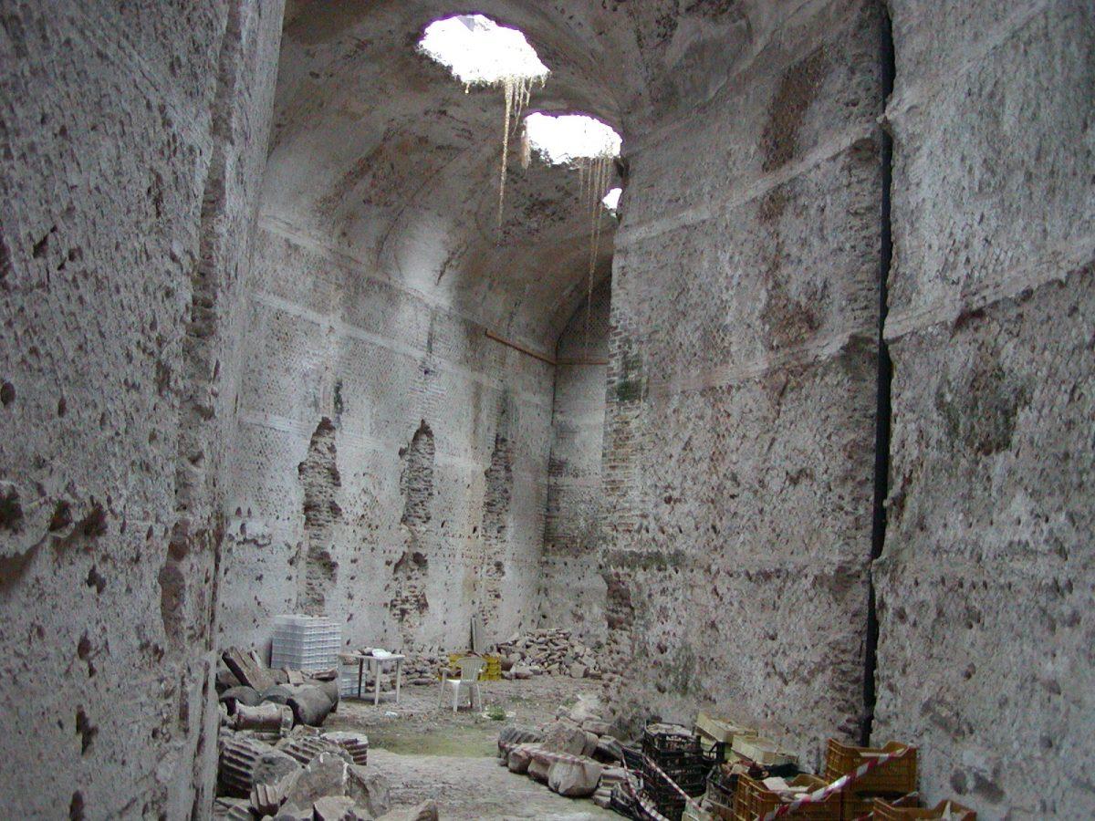 Hadrian's Villa - 2002-09-08-182951