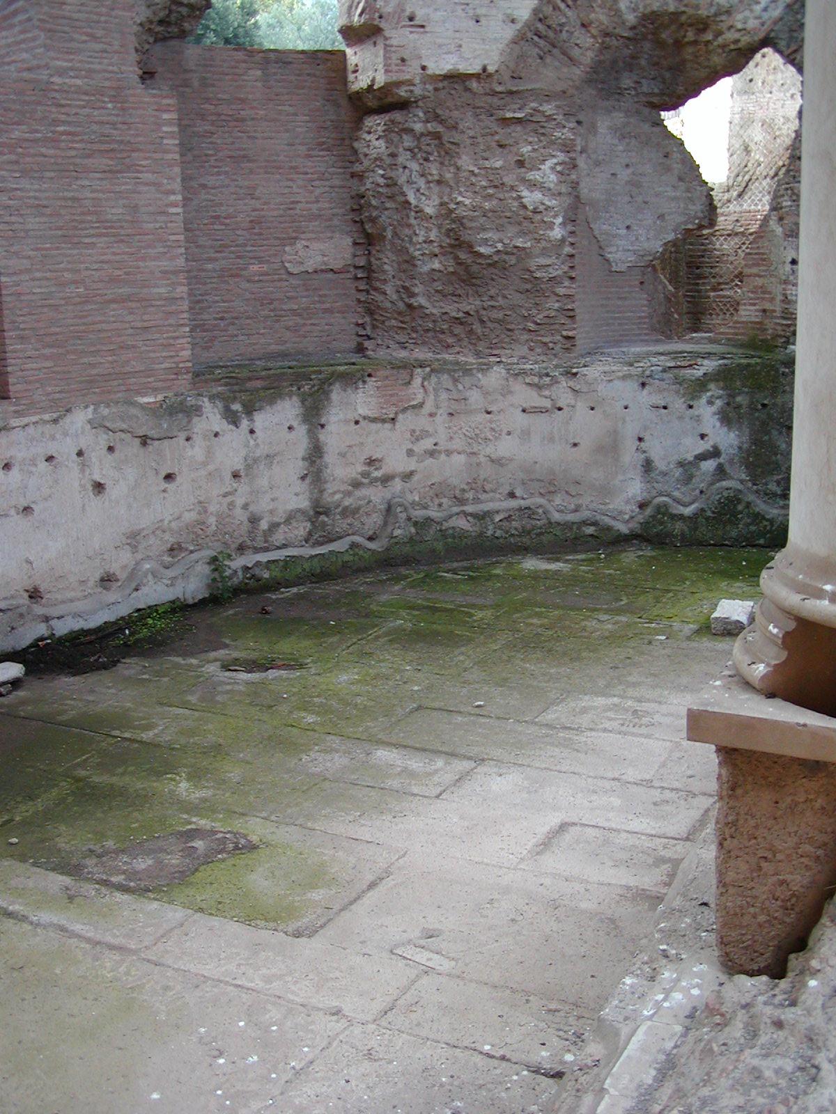 Hadrian's Villa - 2002-09-08-183928