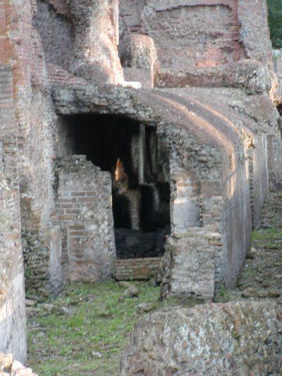 Hadrian's Villa - 2002-09-08-184327