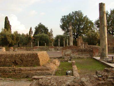 Hadrian's Villa - 2002-09-08-184611