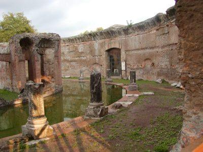 Hadrian's Villa - 2002-09-08-184853