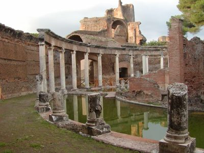Hadrian's Villa - The maritime theatre