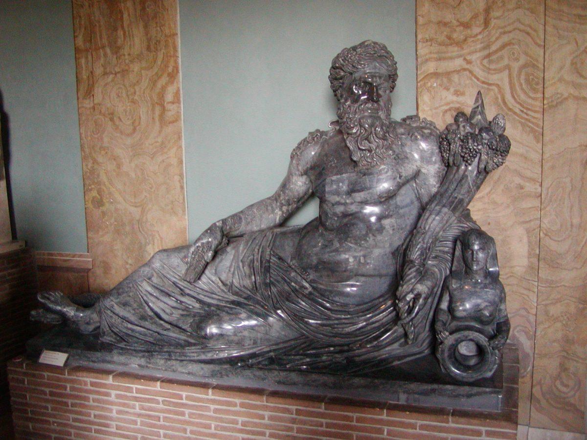 Egyptian Museum - 2002-09-10-114714