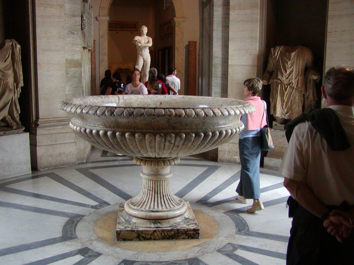 Pio-Clementine Museum - 2002-09-10-121340