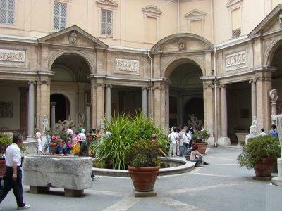 Pio-Clementine Museum - 2002-09-10-122346