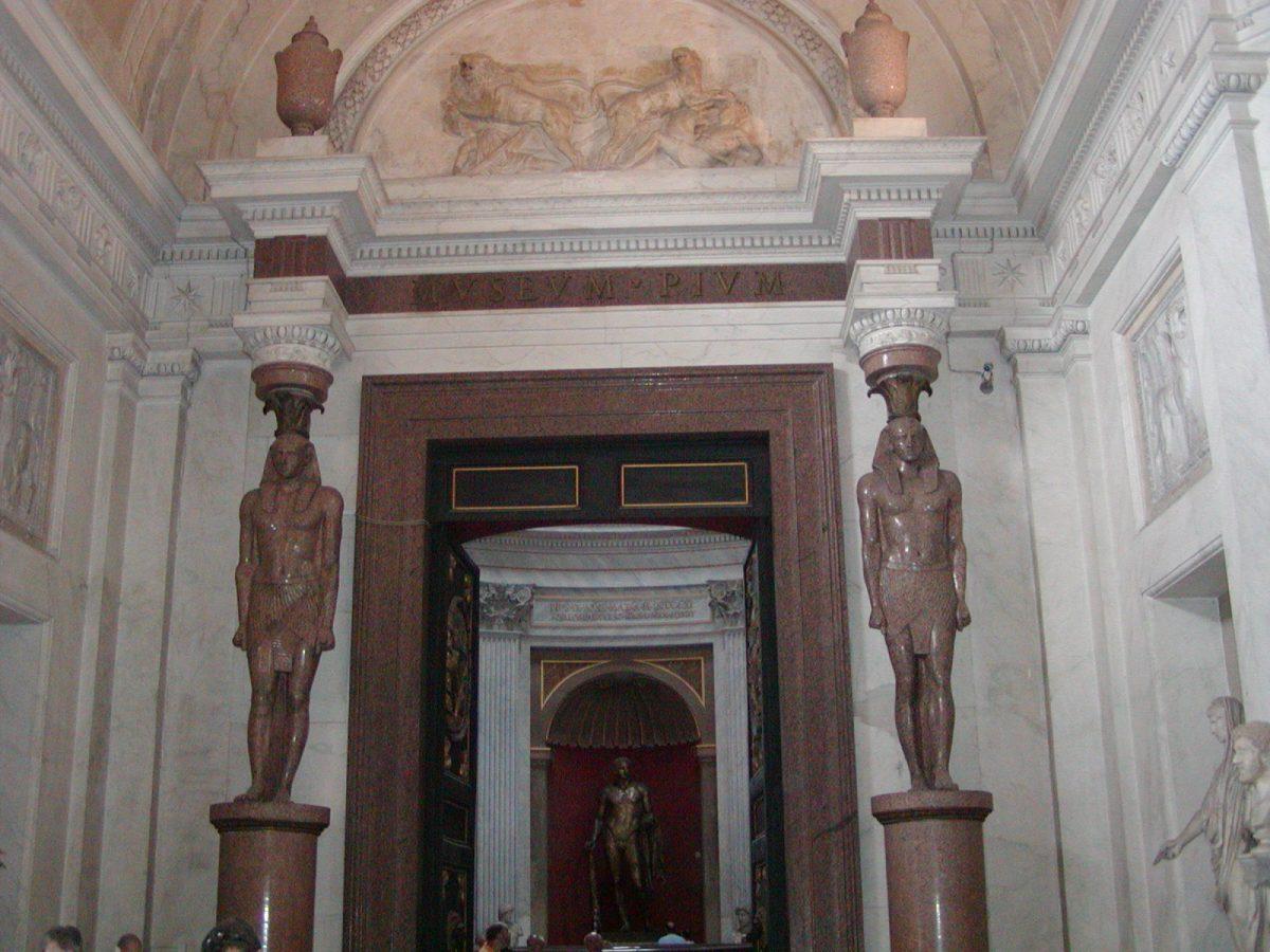 Pio-Clementine Museum - 2002-09-10-125322