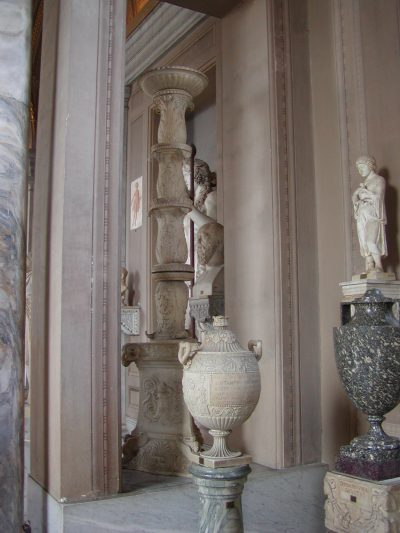 Gallery of the Candelabra - 2002-09-10-150136