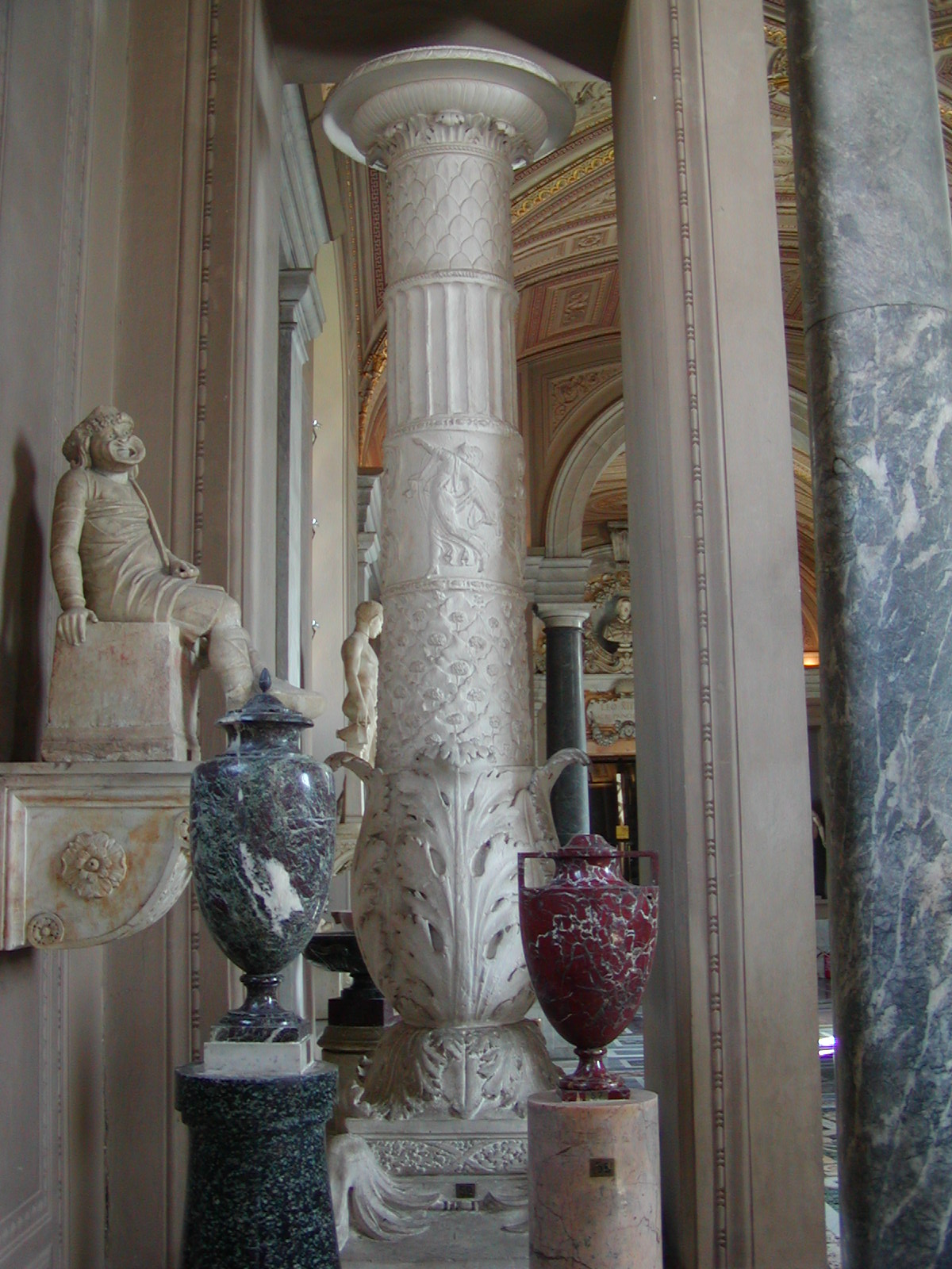 Gallery of the Candelabra - 2002-09-10-150511