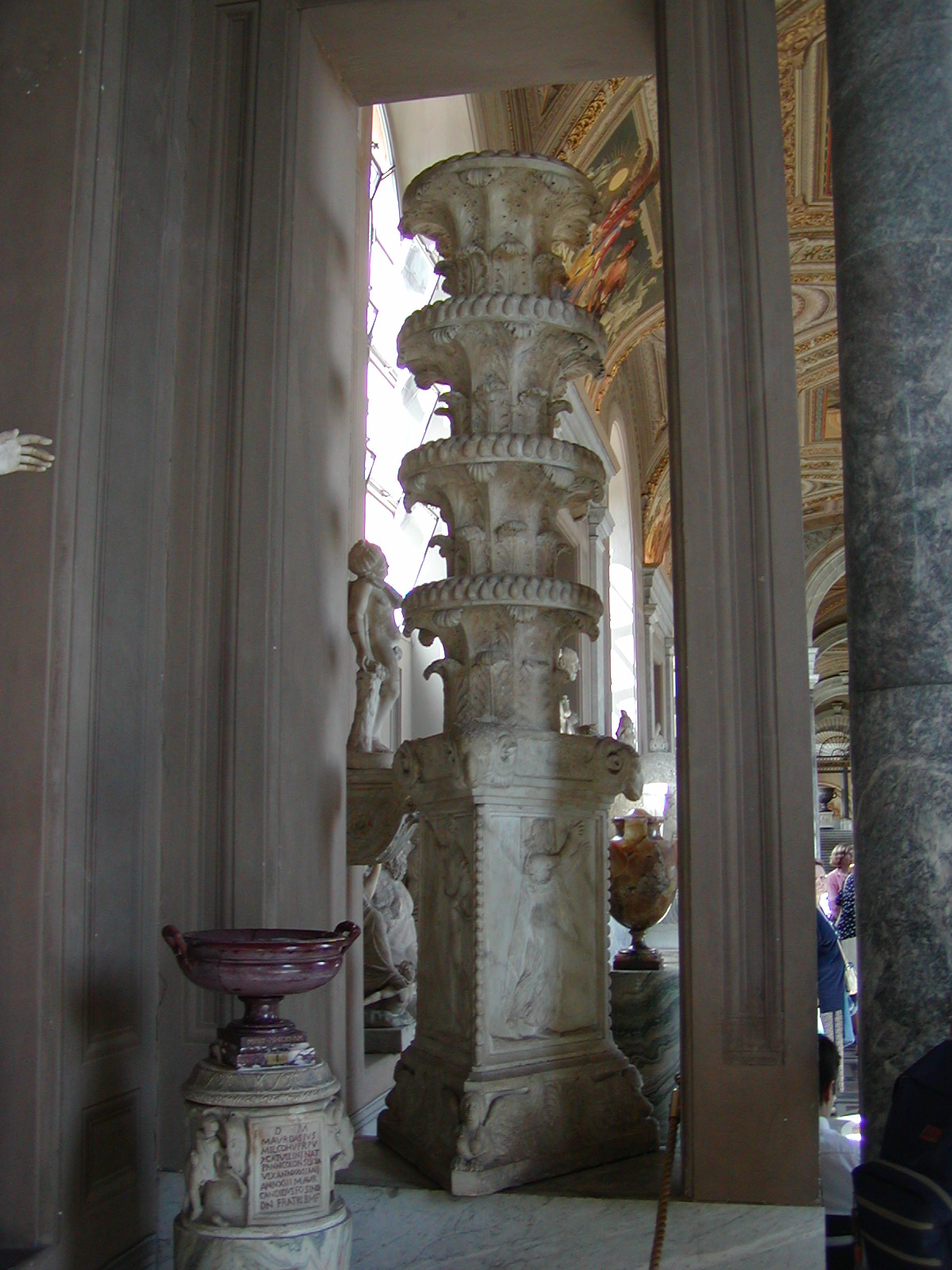 Gallery of the Candelabra - 2002-09-10-150533