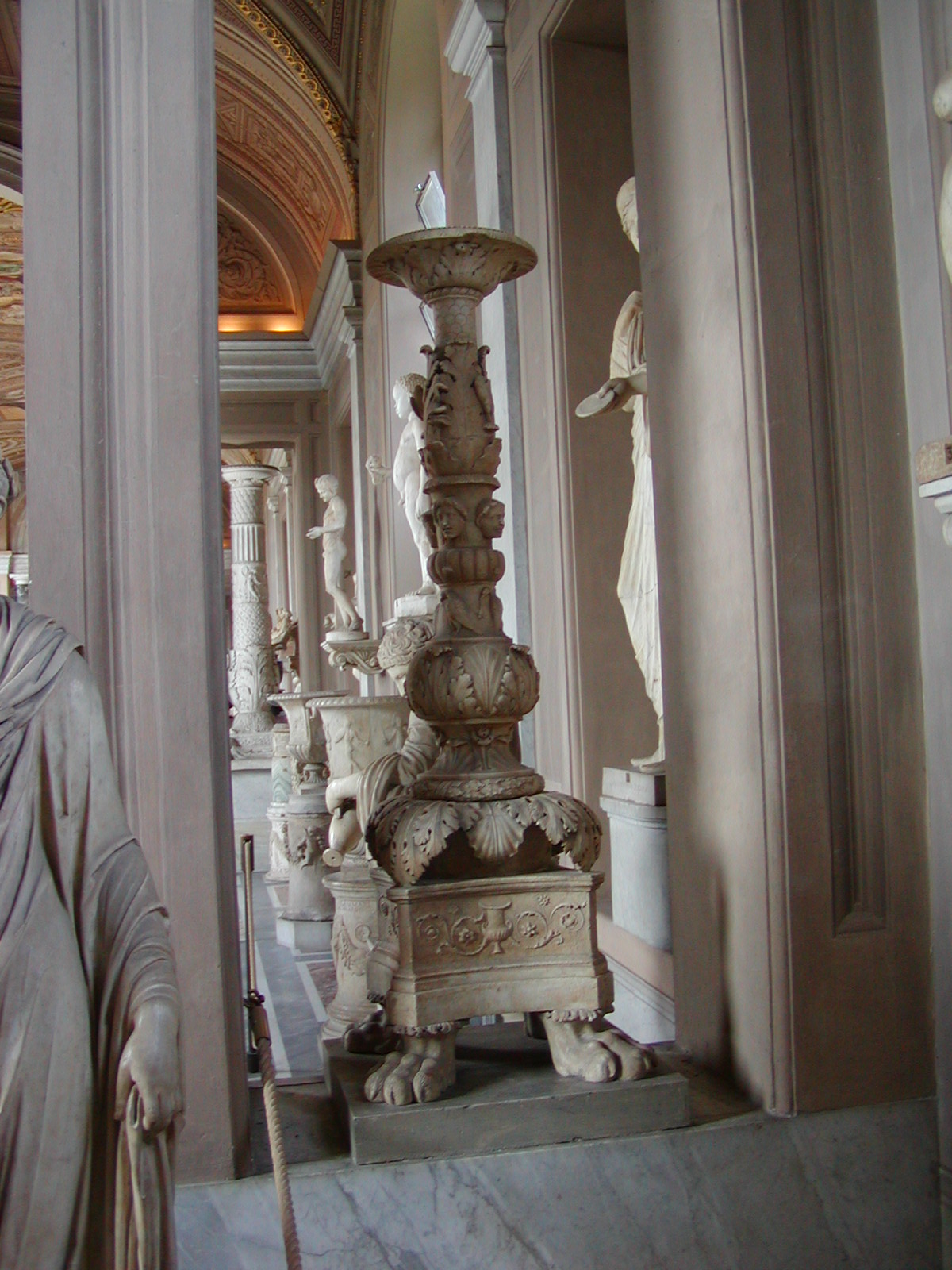 Gallery of the Candelabra - 2002-09-10-150706