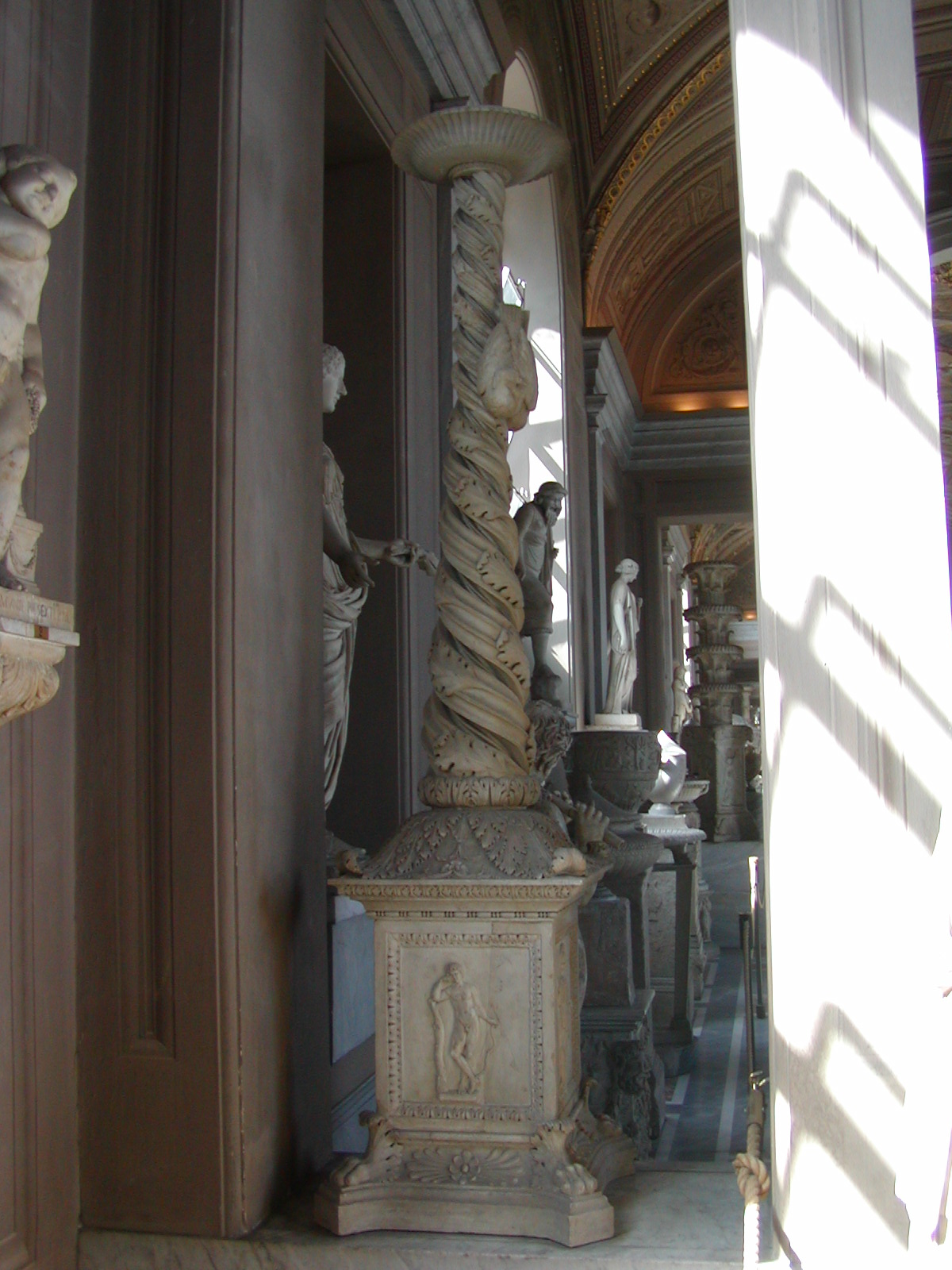 Gallery of the Candelabra - 2002-09-10-150854