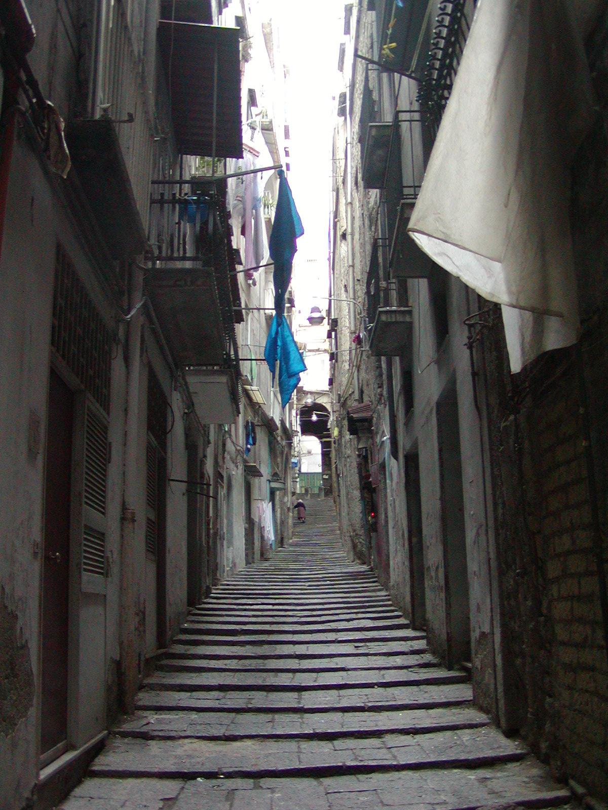 Naples - 2002-09-13-085925