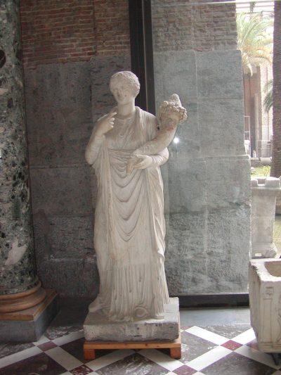 Museo Archeologico Nazionale - 2002-09-13-093645