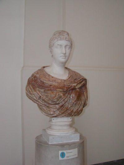Museo Archeologico Nazionale - 2002-09-13-094158