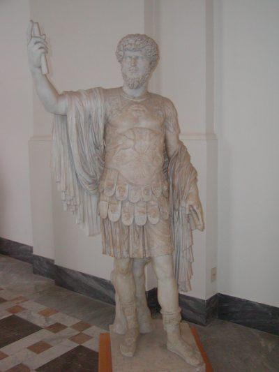 Museo Archeologico Nazionale - 2002-09-13-094250