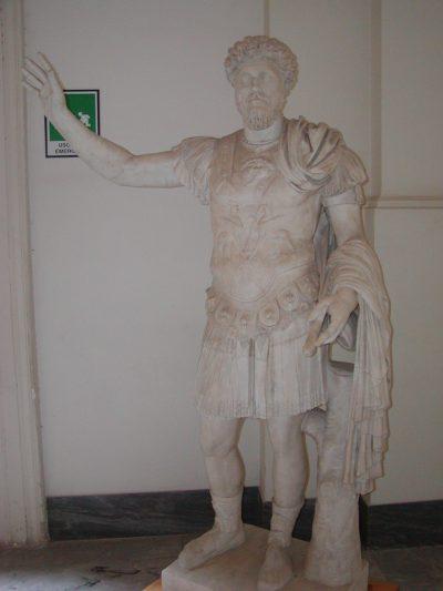 Museo Archeologico Nazionale - 2002-09-13-094259
