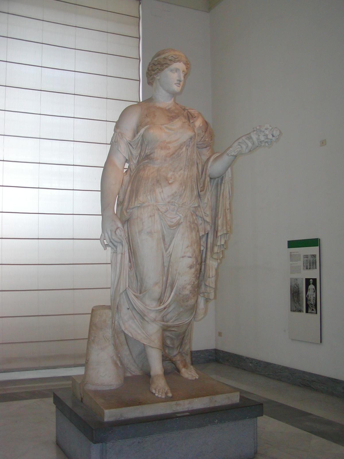 Museo Archeologico Nazionale - 2002-09-13-103020