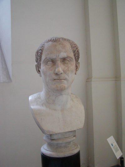 Museo Archeologico Nazionale - 2002-09-13-103437