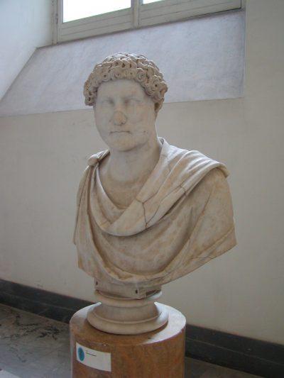 Museo Archeologico Nazionale - 2002-09-13-103514