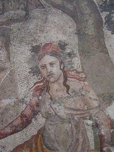 Museo Archeologico Nazionale - 2002-09-13-104103