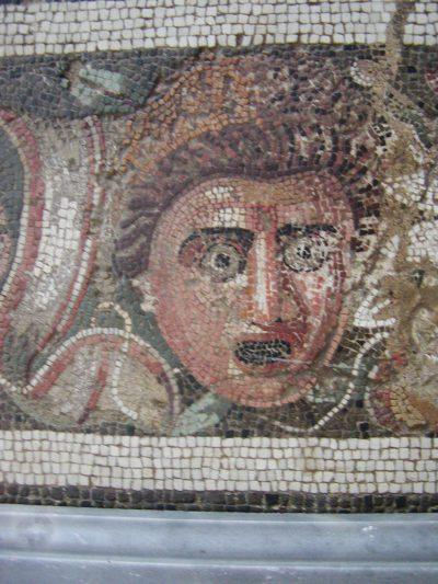 Museo Archeologico Nazionale - 2002-09-13-104557