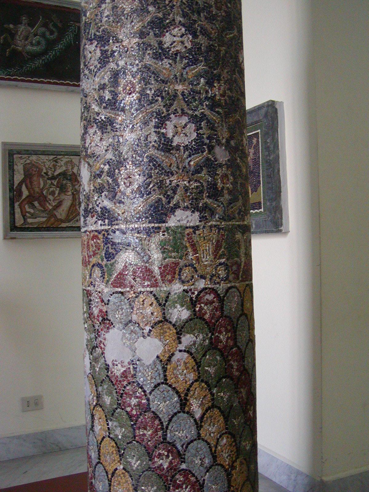 Museo Archeologico Nazionale - 2002-09-13-104925