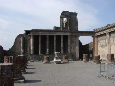 Pompeii - 2002-09-14-115208