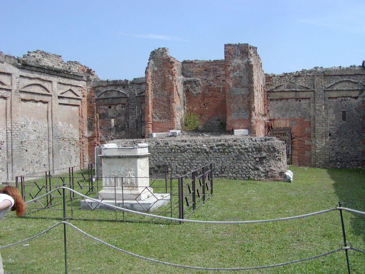 Pompeii - 2002-09-14-122218