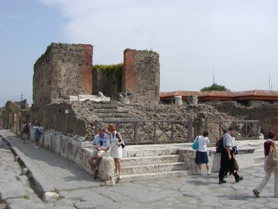 Pompeii - 2002-09-14-130336