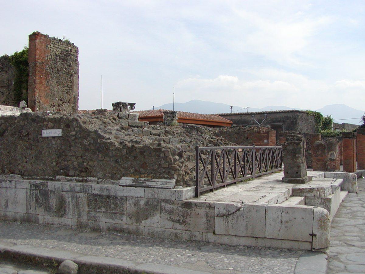 Pompeii - 2002-09-14-130609