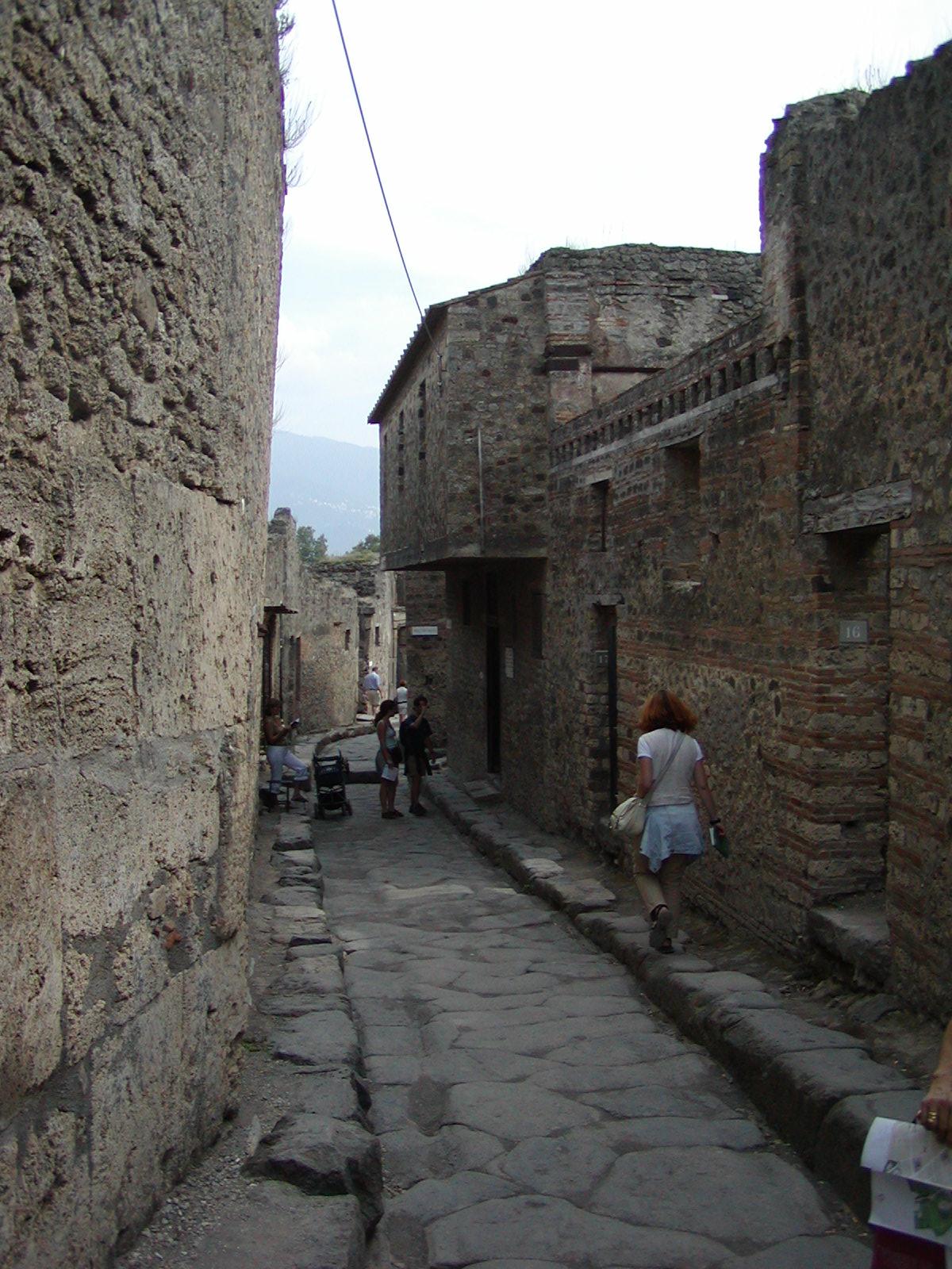 Pompeii - 2002-09-14-143345