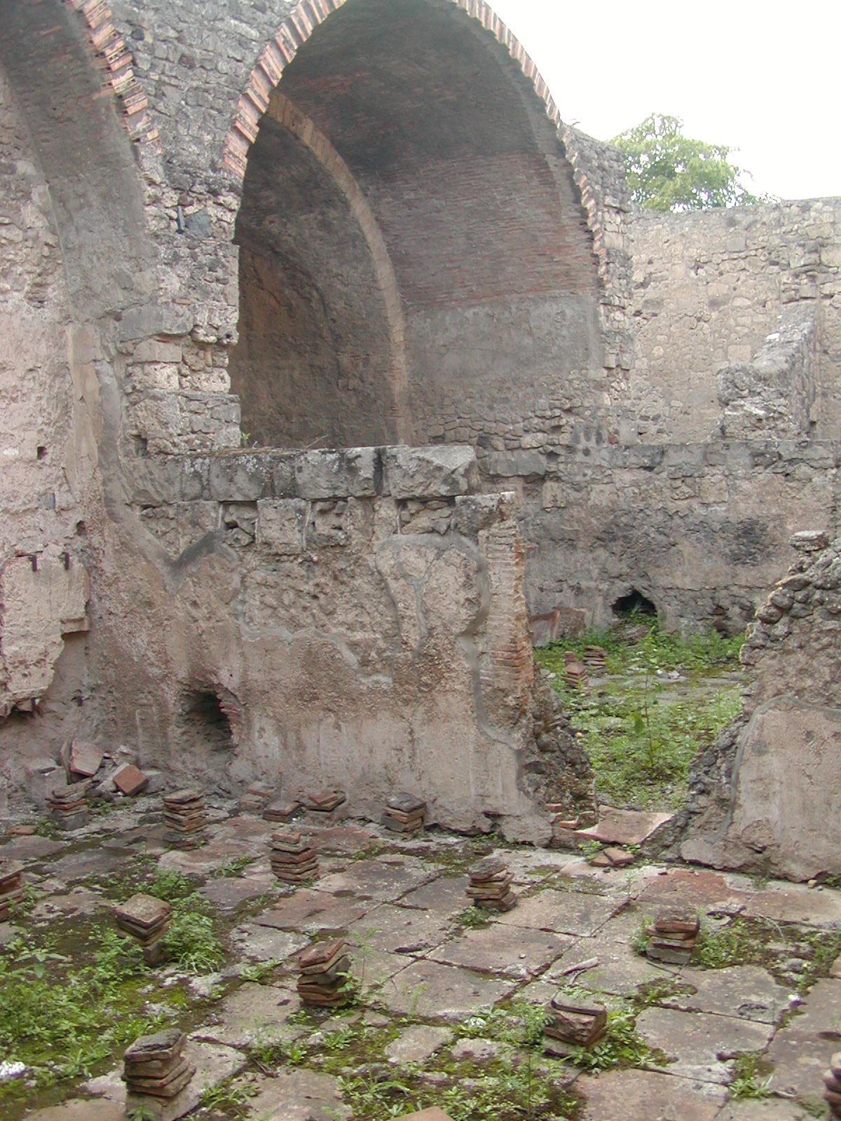 Pompeii - 2002-09-14-173600