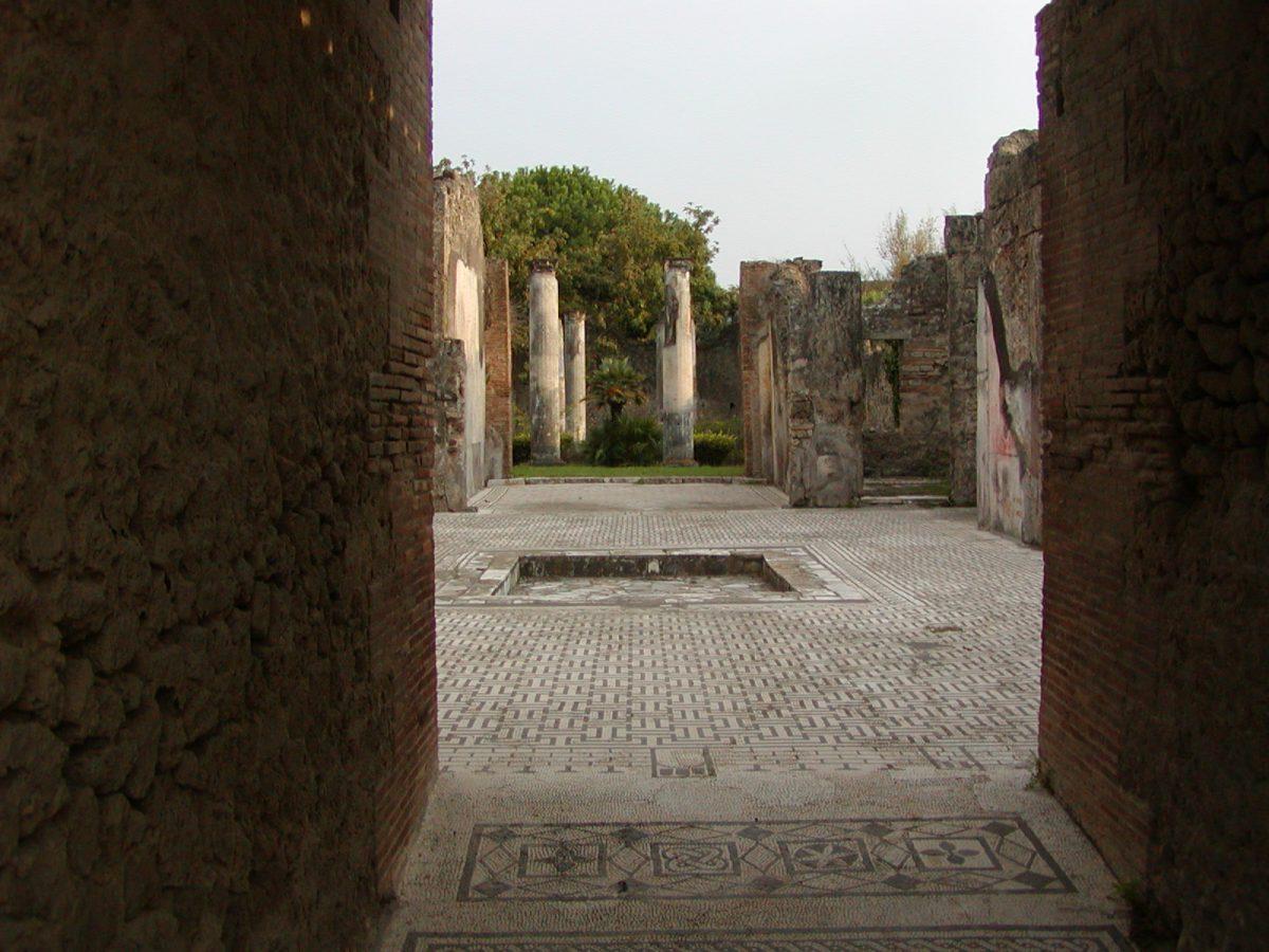 Pompeii - 2002-09-14-174351