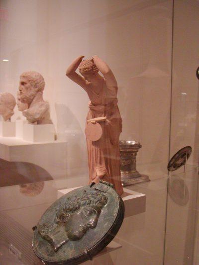 Metropolitan Museum of Art - 2003-01-03-154549