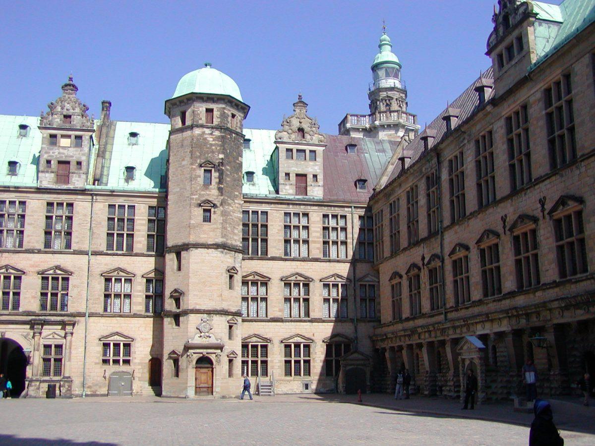 Kronborg Slot - 2003-04-21-123221