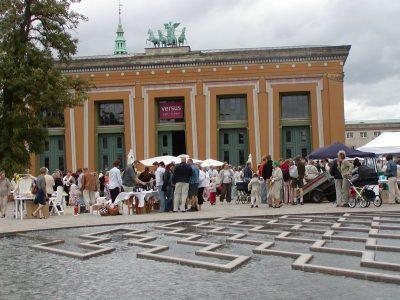 Torvaldsens Plads - 2003-08-23-105134