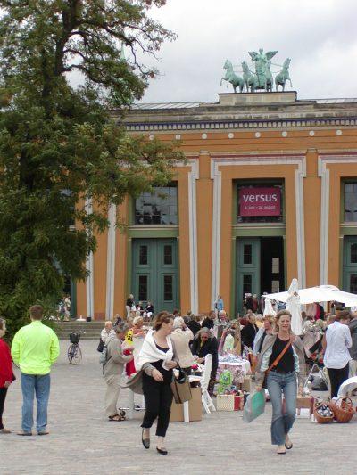 Torvaldsens Plads - 2003-08-23-105154