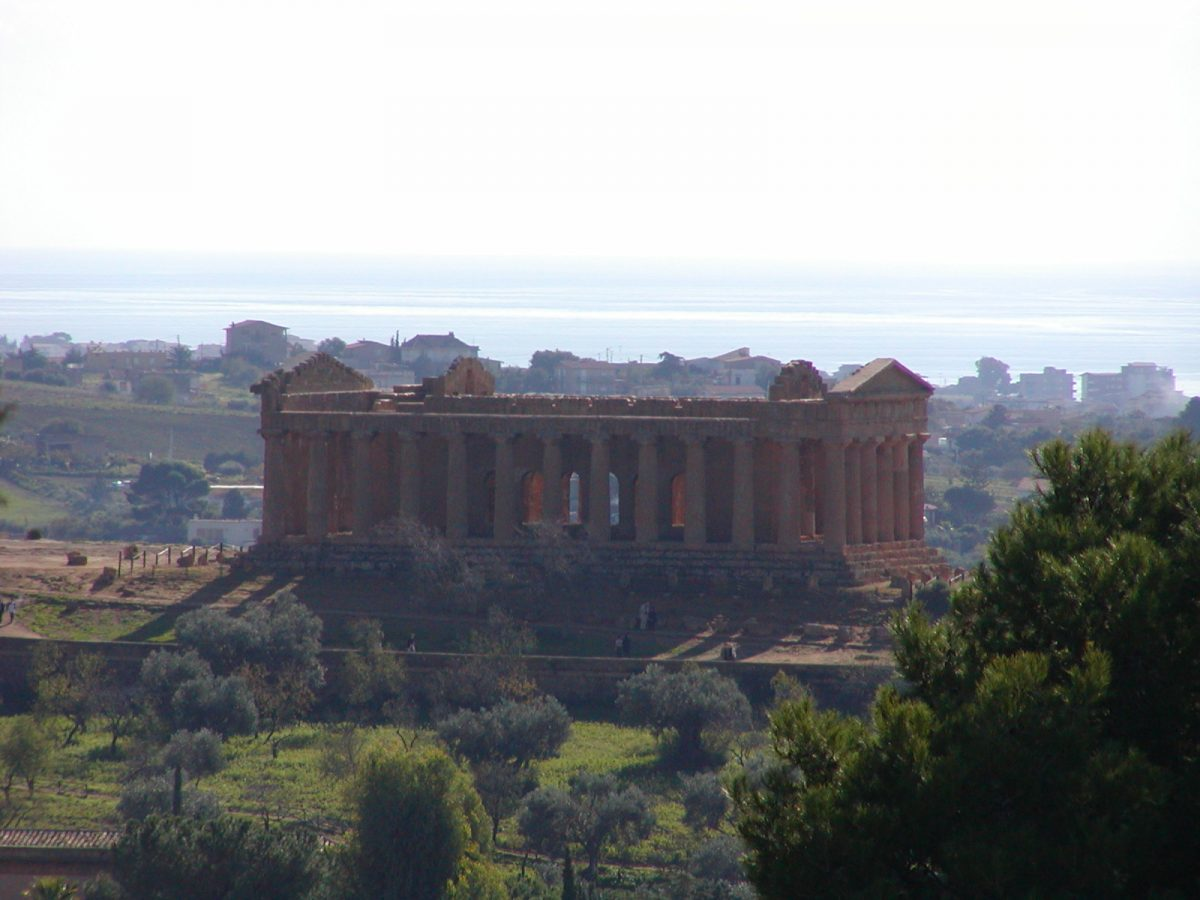 Valley of the Temples - 2003-12-27-121101