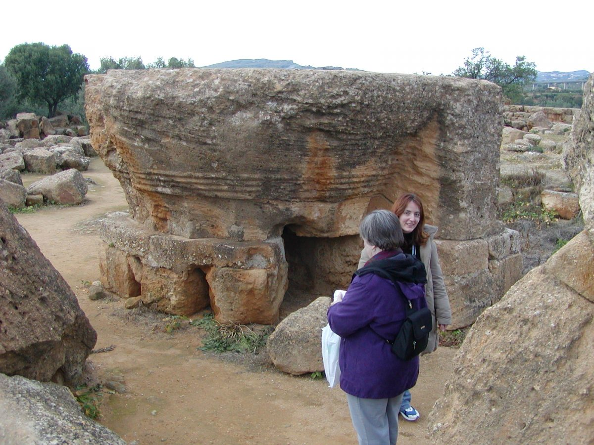 Valley of the Temples - 2003-12-27-144956
