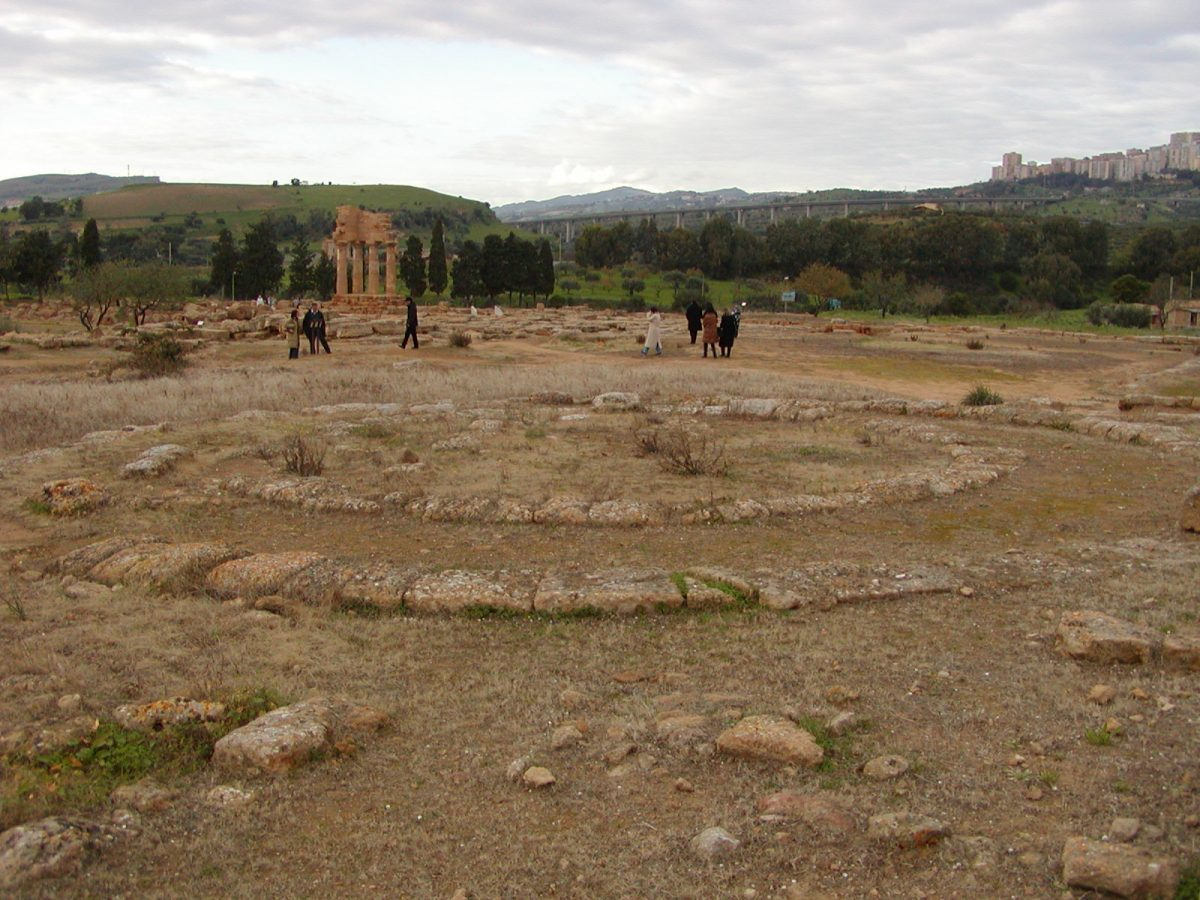 Valley of the Temples - 2003-12-27-151409