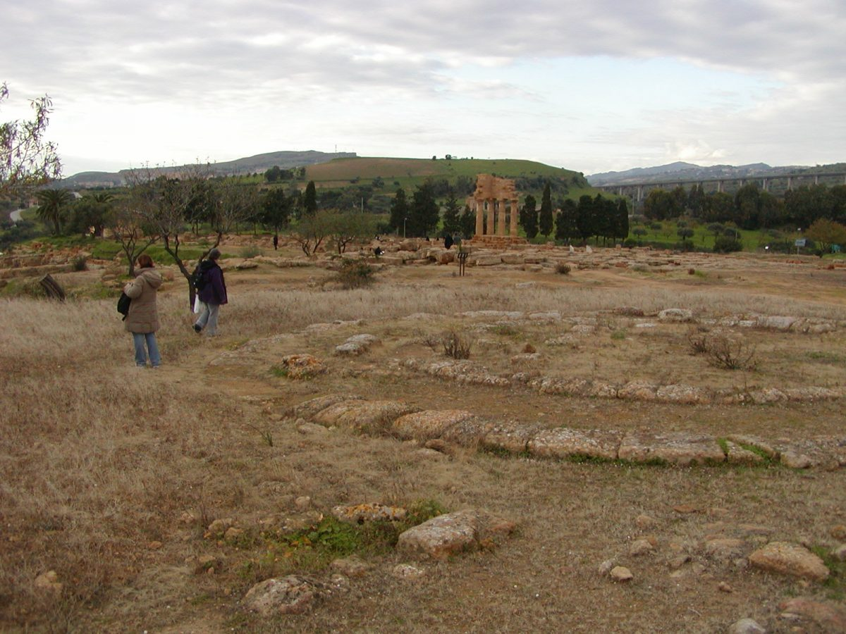 Valley of the Temples - 2003-12-27-151723