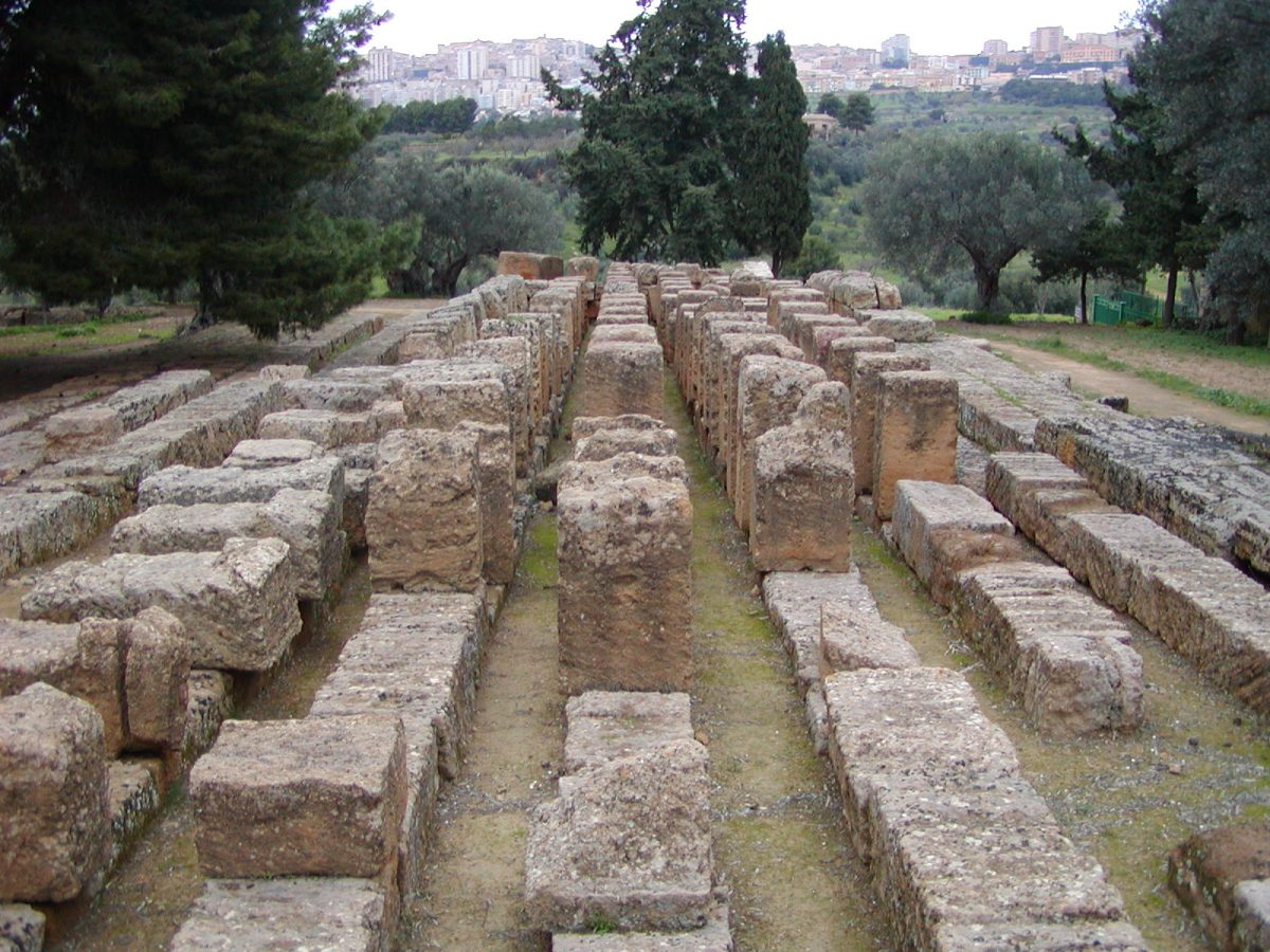 Valley of the Temples - 2003-12-27-160851