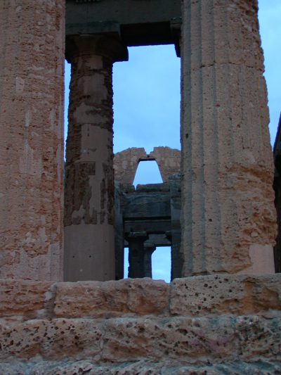 Valley of the Temples - 2003-12-27-164053