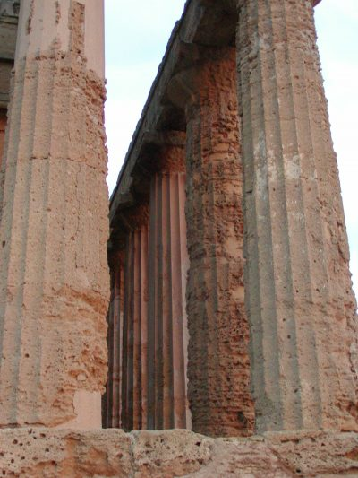 Valley of the Temples - 2003-12-27-164125