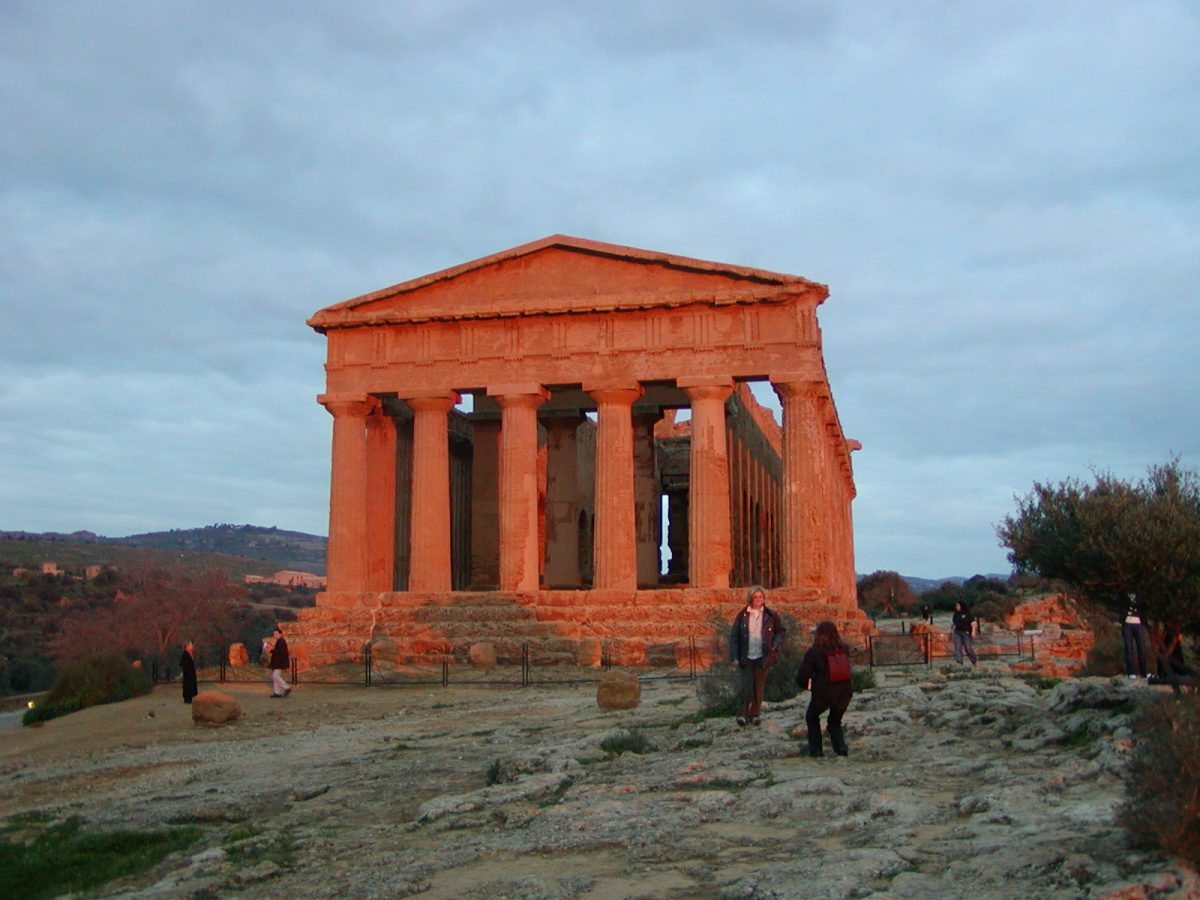 Valley of the Temples - 2003-12-27-164629
