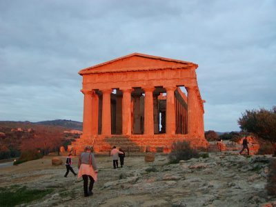 Valley of the Temples - 2003-12-27-164726